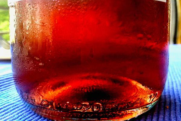 Cerasuolo d'Abruzzo: Ein Wein voller Leben und Eleganz, gleichermaßen großer Essensbegleiter wie substanzreicher Solist.