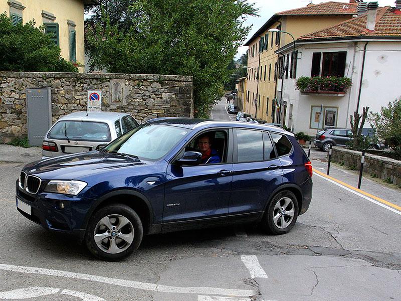 Die Anfahrt zur Fattoria Le Fonti führt durch den kleinen Ort Panzano.