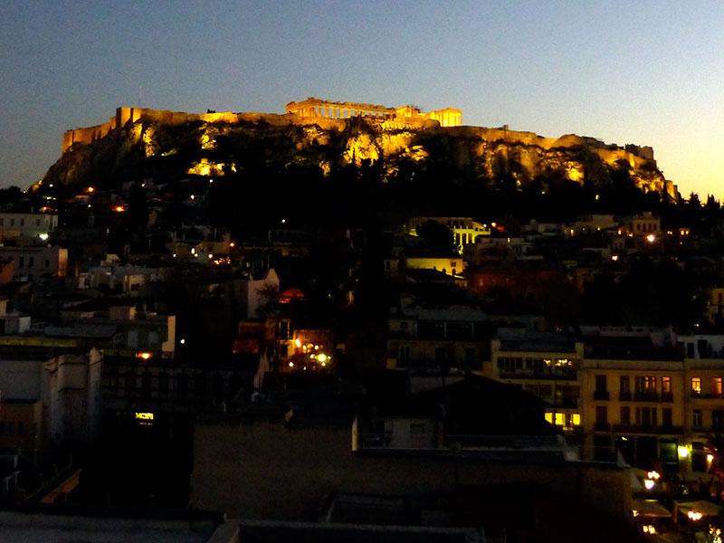 Genießen mit Traumblick auf die Akropolis: Plaka Hotel, Athen, Griechenland