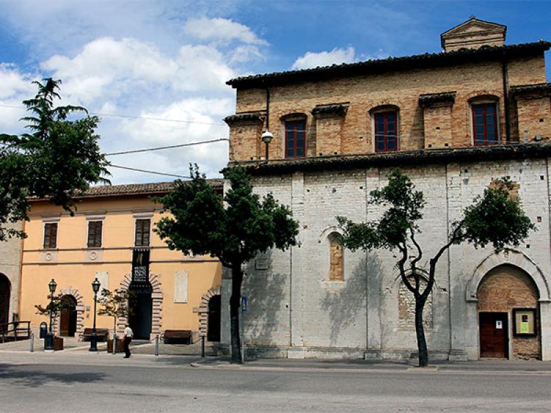 Das Museum ist im ehemaligen Kloster San Giacomo untergebracht.