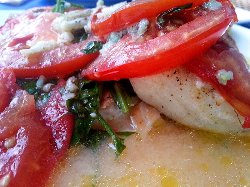 Wunderbar einfach, genial, griechisch! Fischfilet aus dem Ofen