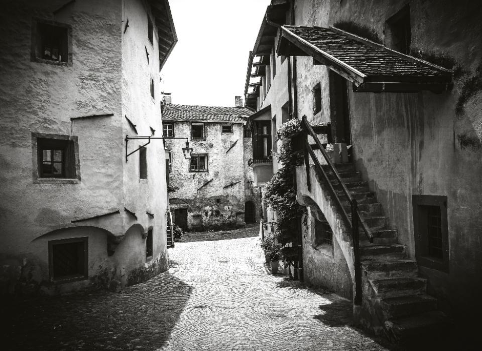 Italien: Mittelalterliche Häuser