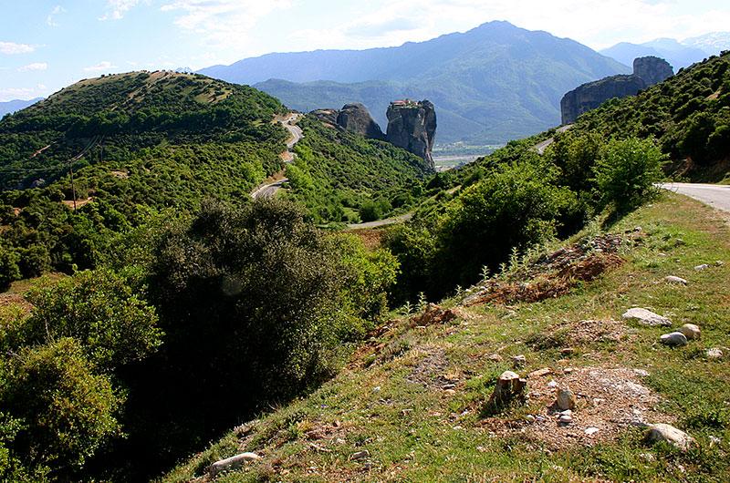 Das Kloster Agía Triáda ist weltweit bekannt, hier wurde der James-Bond-Film In tödlicher Mission gedreht.