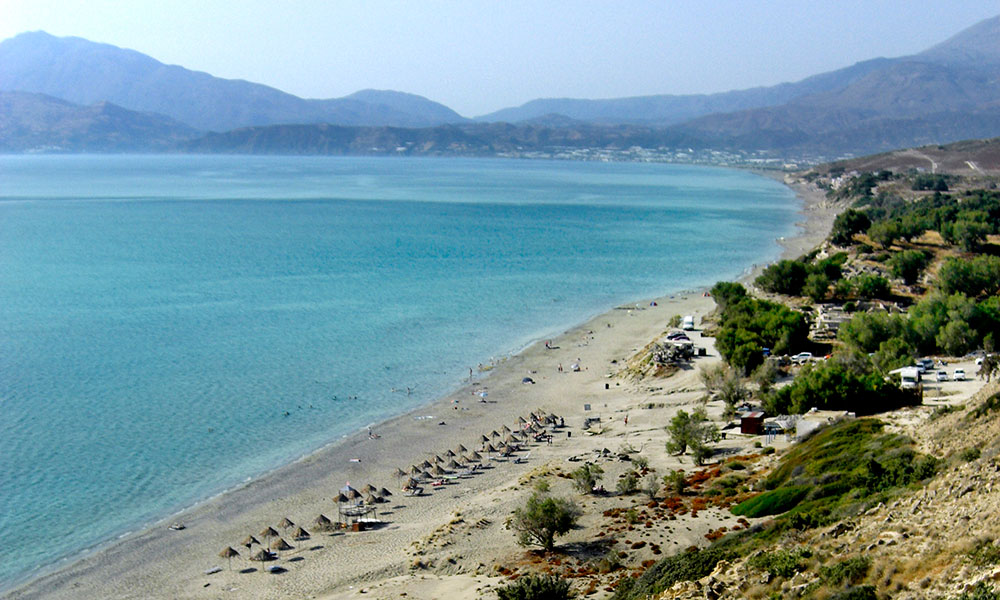 komos beach crete greece