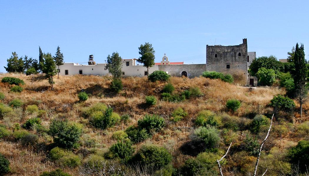 Das Kloster Moni Odigitrias macht eher den Eindruck einer arabischen Siedlung.