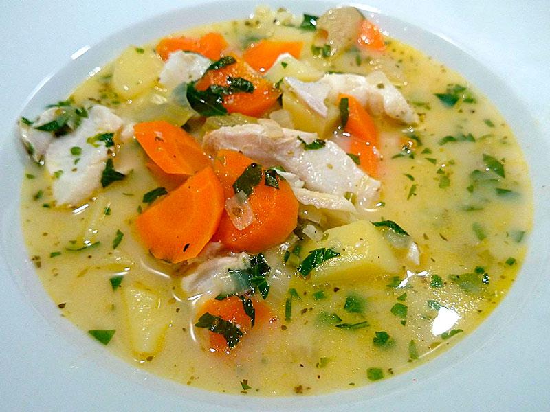 Rezept zum Jahreswechsel: Griechische Fischsuppe mit Eier-Zitronen-Sauce