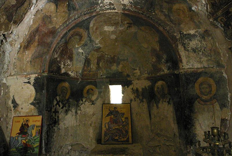 Byzantinische Fresken im Inneren der Kapelle.