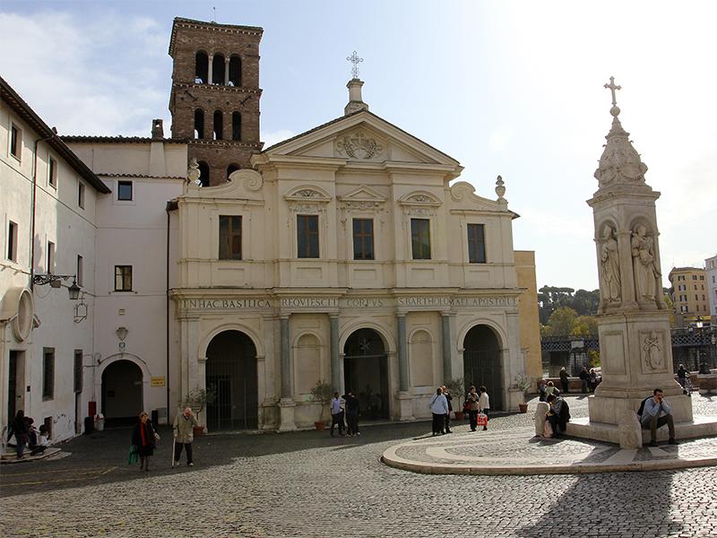An der Stelle, wo heute die Basilika San Bartolomeo steht, befand sich seit dem Jahr 293 v. Chr. das Asklepiusheiligtum der Isola di San Bartolomeo.