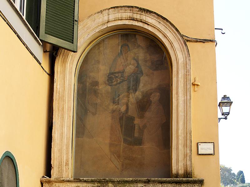 Heiligenbilder sind überall.