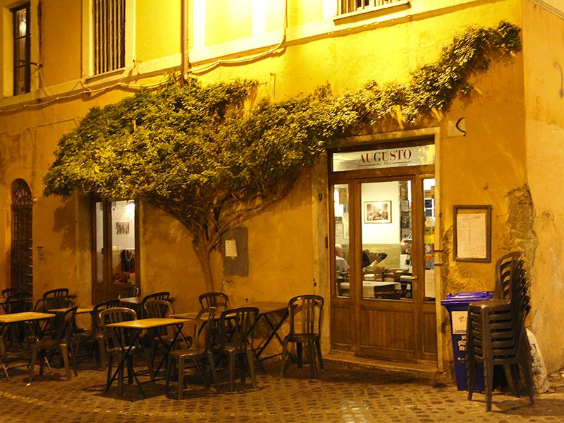 In der Trattoria Augusto kann man gut speisen.