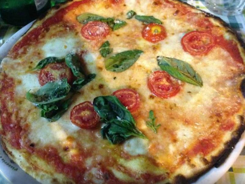 Pizza Magherita - zum Dahinschmelzen.