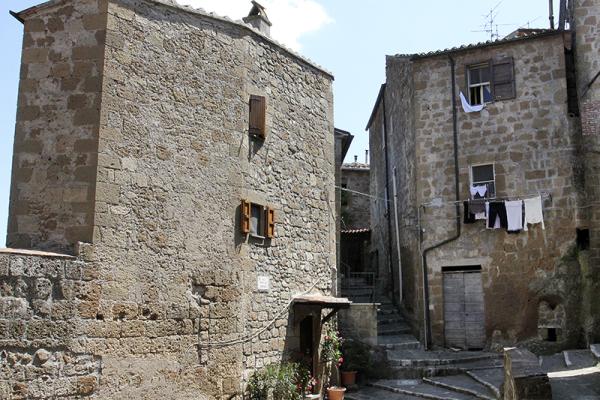 Pitigliano bietet ein mittelalterliches Stadtbild.
