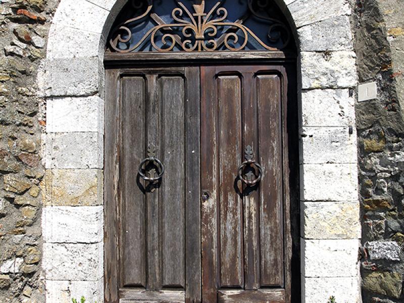 Alte Türen gibt es reichlich.