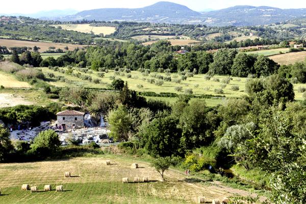 Schon die Etrusker sahen in den dampfenden Quellen einen magischen Ort
