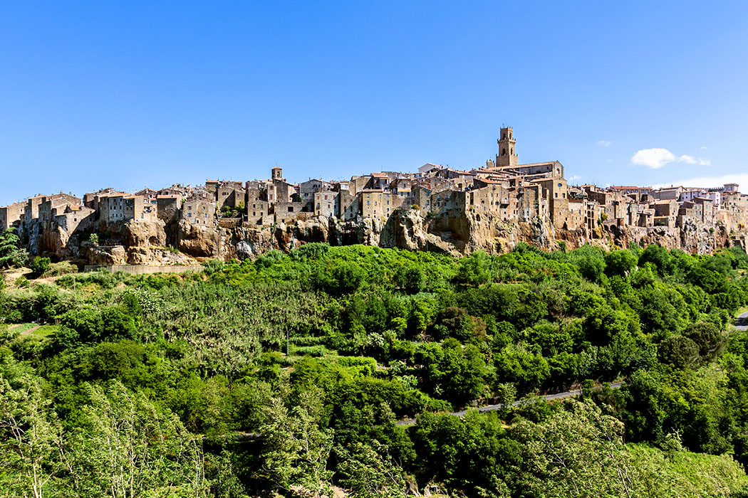 Pitigliano, Sovana und Sorano - reise-zikaden.de, Monika Hoffmann, italy, tuscany, alta maremma, pitigliano, panorama - Die Lage von Pitigliano gehört zu den eindrucksvollsten Stadtbildern der südlichen Toskana.