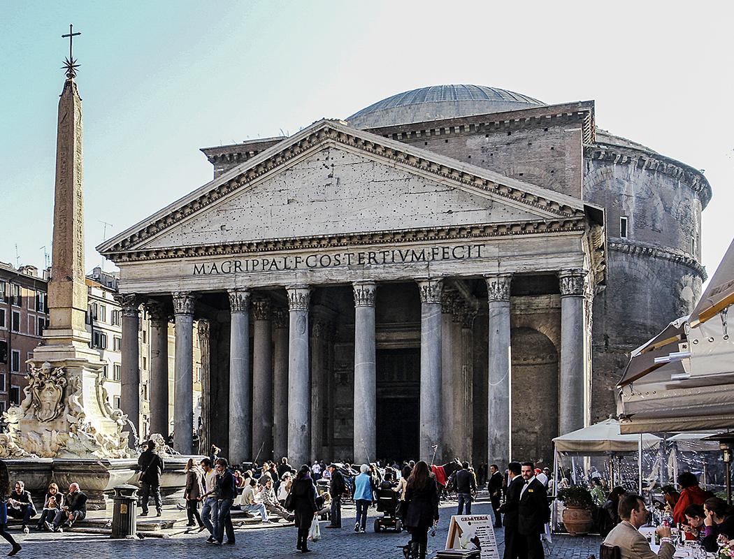 Marsfeld in Rom - Das Pantheon: Weltberühmter Tempel und Wunder der antiken Architektur.