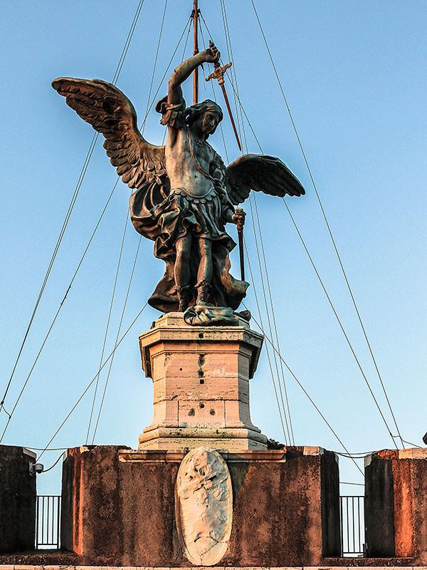 Den heutigen Namen erhielt die Engelsburg im Jahr 590, als in Rom die Pest wütete. Papst Gregor I. soll über dem Grabmal die Erscheinung des Erzengels Michael gesehen haben, der ihm das Ende der Pest verkündete, indem er das Schwert des göttlichen Zorns in die Scheide steckte. Da die Pest wirklich zu Ende ging, erinnert heute noch der Engel auf der Spitze des Gebäudes an diese Legende. 1577–1753 stand hier ein Engel aus Marmor, der heute im Innenhof, dem Cortile dell'Angelo, zu sehen ist. Dieser wurde dann durch die heutige Figur aus Bronze ersetzt.