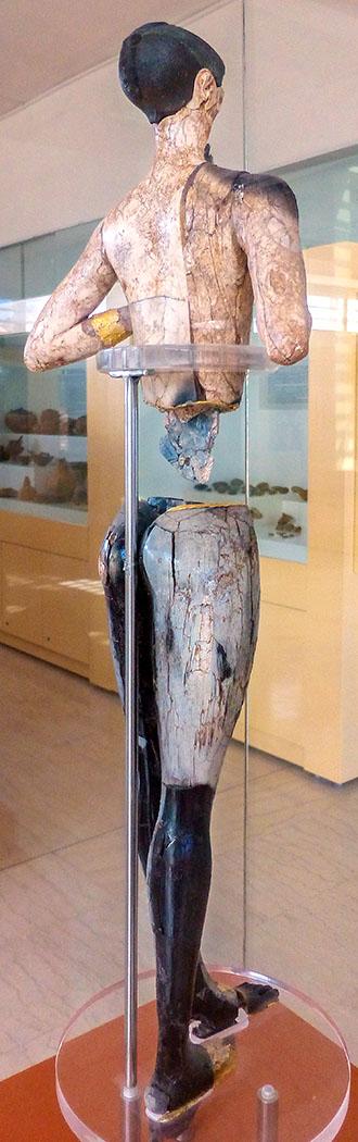 Der Kouros von Palaikastro ist eine Chryselephantin-Statuette aus spätminoischer Zeit. Sie wurde bei archäologischen Ausgrabungen in Roussolakkos nahe Palekastro im äußersten Osten der griechischen Insel Kreta gefunden. Der Kouros befindet sich heute im archäologischen Museum von Sitia.