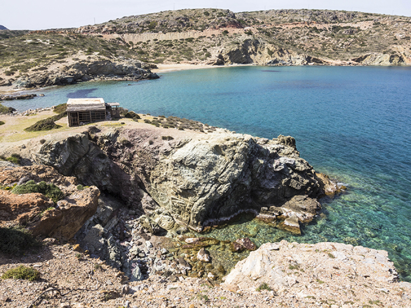 Der Traum vom Haus am türkisblauen Meer.