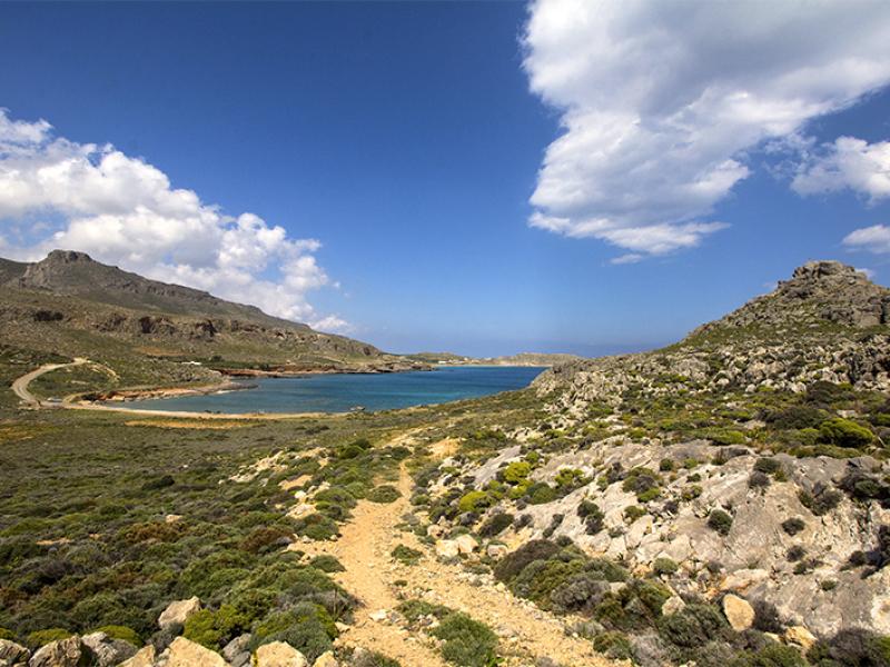 Vom Wanderweg nach Agia Eirini bietet sich eine gute Übersicht.