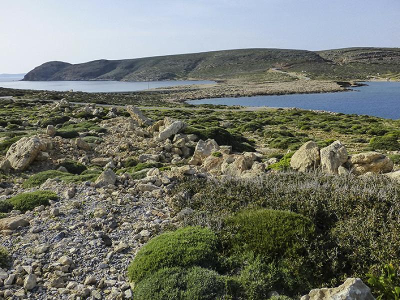 Auf dem malerischen Ishmos ist für uns der Weg zu Ende. Eine Radarstation des Militäs verbietet die Weiterfahrt.