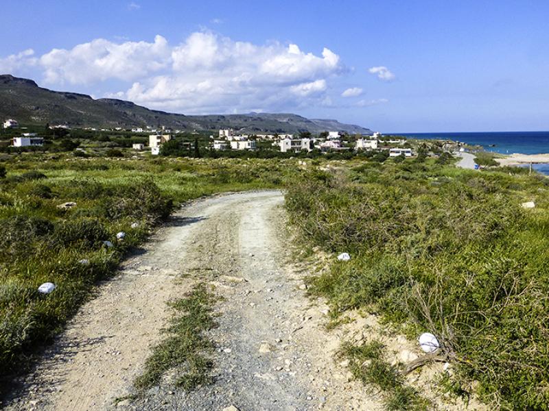 Archäologen haben auf einem Plateau, bei Kap Trachilos, im Gebiet um die hübsche Agios Nikolaos-Kirche Grundmauern einer Siedlung aus hellenistischer Zeit freigelegt.