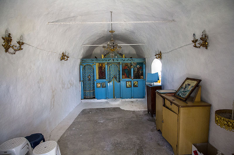 Der Innenraum von Agios Georgios ist schlicht aber hübsch.