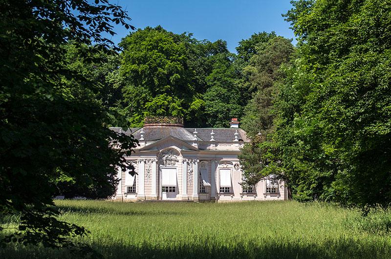 Die imposante Amalienburg wurde als Jagdschloss für die Fasanenjagd erbaut.
