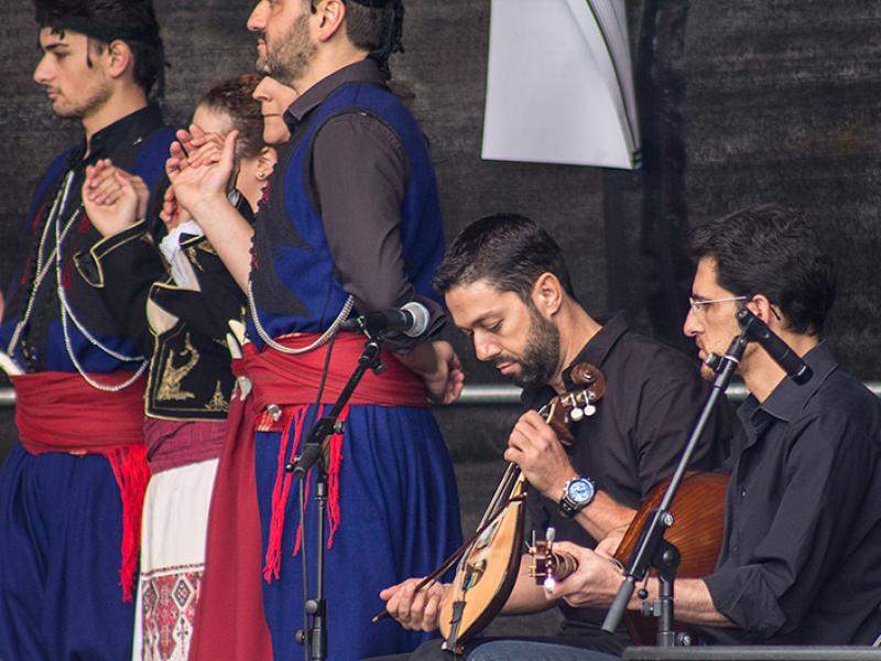 Mit Lyra und Laouto wird die typisch kretische Musik gespielt.