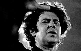 Mikis Theodorakis zum 90. Geburtstag: Musiker, Komponist und Politiker