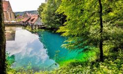 reise-zikaden.de, Der Blautopf in Blaubeuren und die Höhlen der