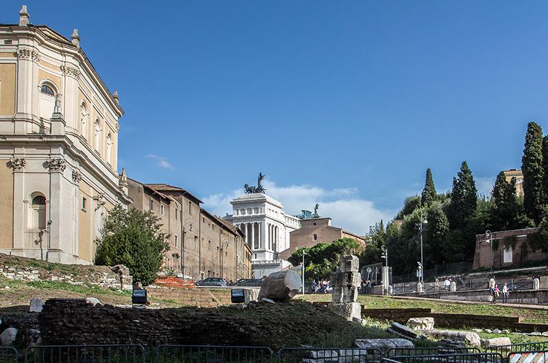 Blick vom Marcellus-Theater zum Kapitol und Vittoriano.