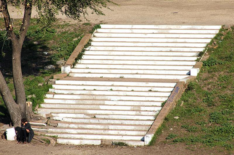Reste von Marmortreppen sind erhalten geblieben.