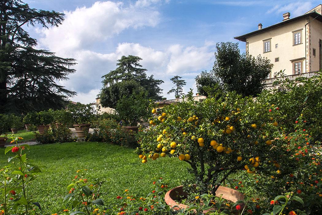 Im Garten der Villa Medici in Poggio a Caiano finden sich romantische Blickwinkel.