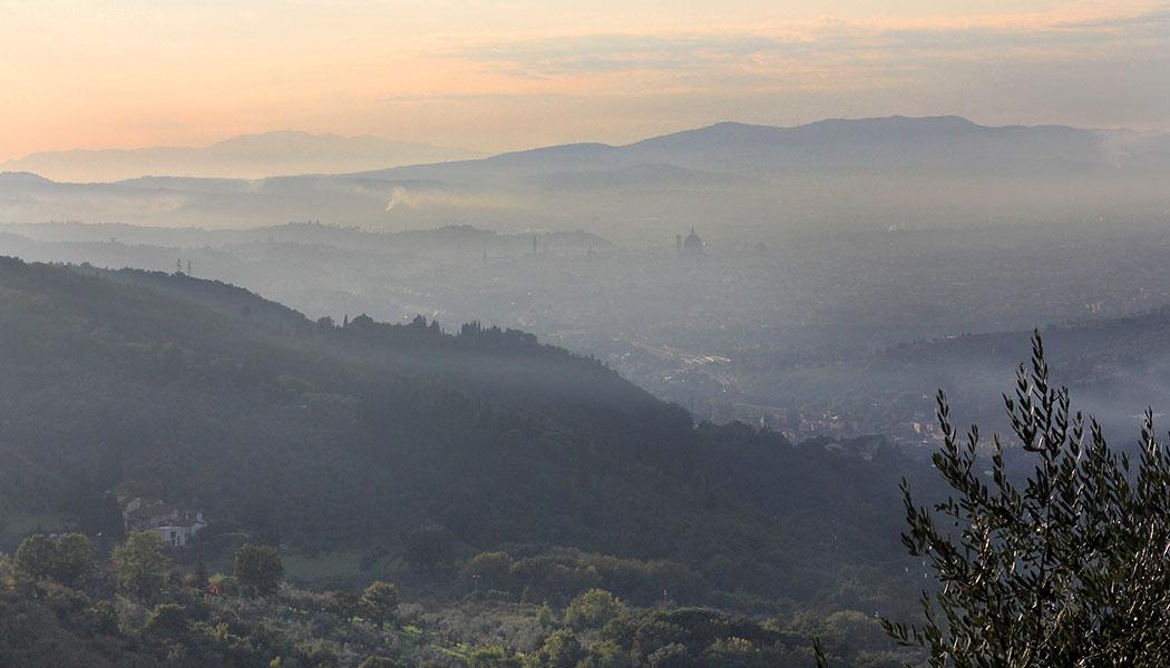 von Villamagna bei Bagno a Ripoli, hinunter nach Florenz. Die Domkuppel ist gut erkennbar.talien