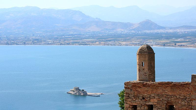 Nafplio: Zu den Sehenswürdigkeiten zählen die von den Venezianern erbaute Palamidi-Festung, von oben bietet sich ein weiter Blick auf den Argolischen Golf. Foto: flickr, Gorgios Michaloglorgakis