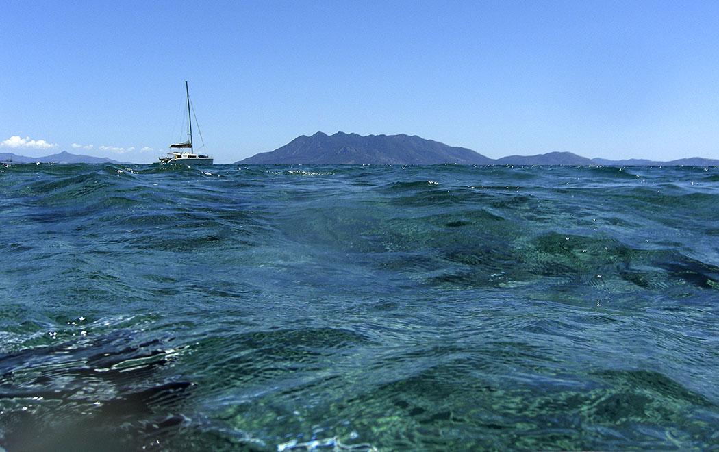 Nachmittags werden die Wellen stärker und Unterwasserfotografen haben es schwer.