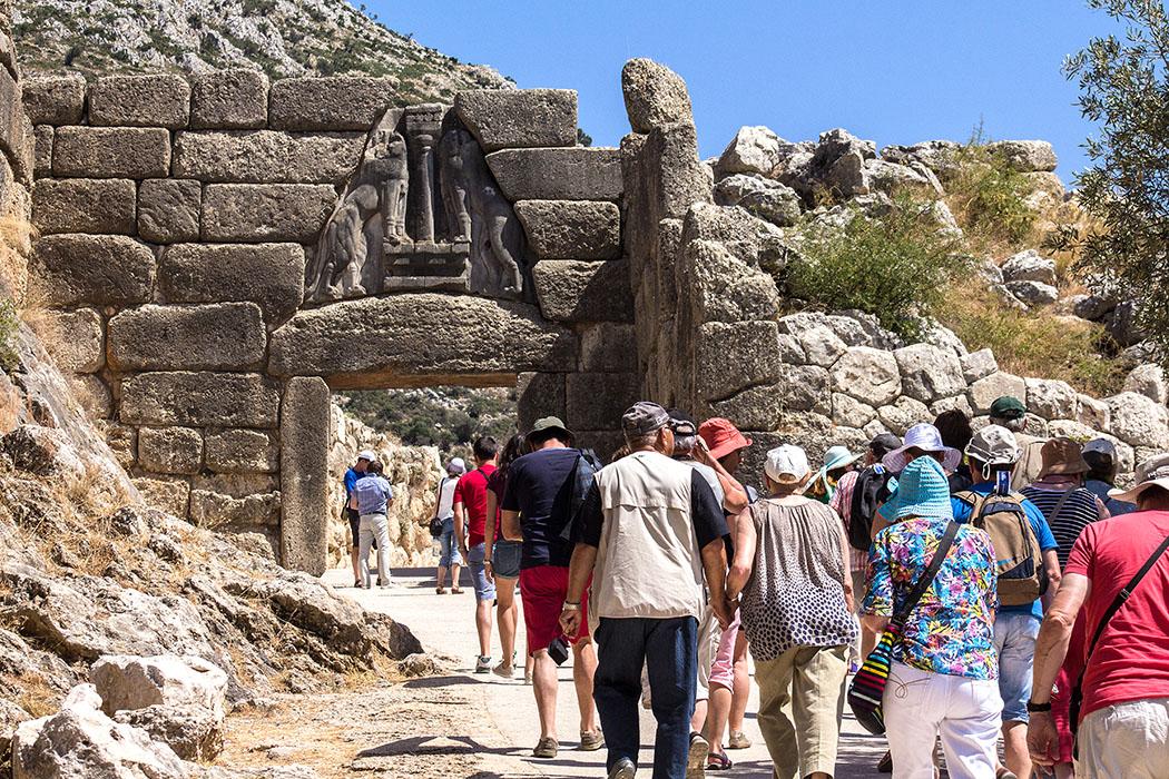 Jeder Besucher betritt die Zitadelle von Mykene durch das mächtige Löwentor – und das seit fast 3300 Jahren.