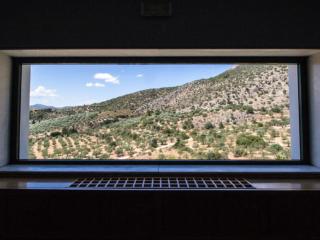 """""""Zeit-Fenster"""" im Archäologischen Museum."""