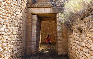 Peloponnes: Mykene – Versteckte Tholosgräber am Panagitsa-Hügel