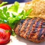 reise-zikaden.de, Bifteki vom Grill – Griechische Frikadellen