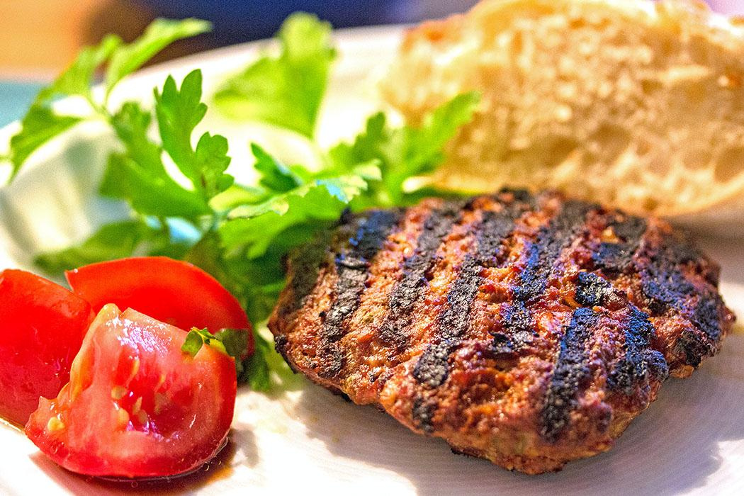 2. Platz: Bifteki mit Feta vom Grill
