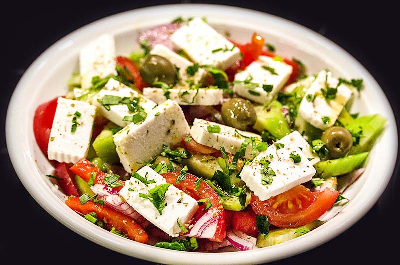 Weltberühmter Klassiker: Griechischer Bauernsalat – Choriatiki salata