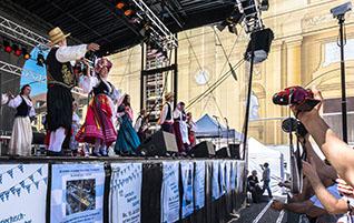 Jassu München! Griechisch-Bayerischer Kulturtag 2016 am Odeonsplatz