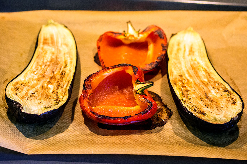 Nach 30 Minuten bei 180 Grad im Backofen ist das Gemüse fertig, es sollte noch etwa 10 Minuten abkühlen.