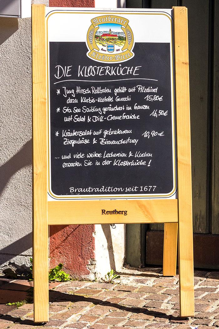 kloster-beuerberg-klosterkueche-eurasburg-wolfratshausen-bayern Die Klosterküche von Beuerberg präsentiert eine interessante Speisekarte mit kreativen Gerichten und regionalen Klassikern.