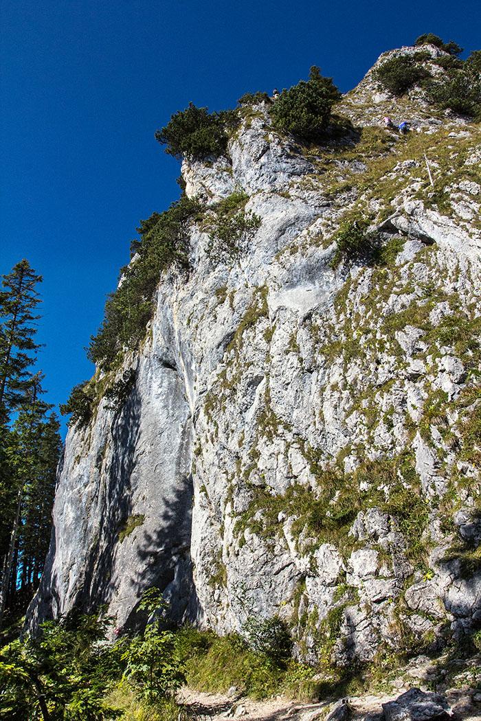 ammergauer-alpen-laber-ettaler-manndl-klettersteig-1-oberammergau-ettal-bayern Auch ein kurzer Klettersteig, wie das Ettaler Manndl, sollte keinesfalls unterschätzt werden.