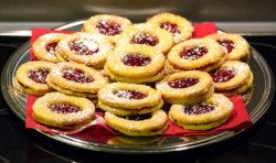 spitzbuben-gebaeck-advent-weihnachten-titel