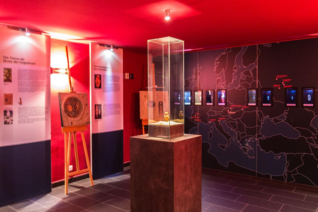 Das kleine Museum in Willendorf zeigt eine Kopie der weltberühmten Venus von Willendorf.
