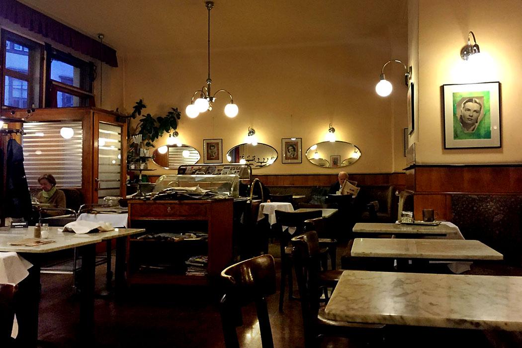 wien bräunerhof cafe innenausstattung oesterreich vienna austria 1 Das Jugendstilcafé Bräunerhof sieht fast noch so aus wie damals.